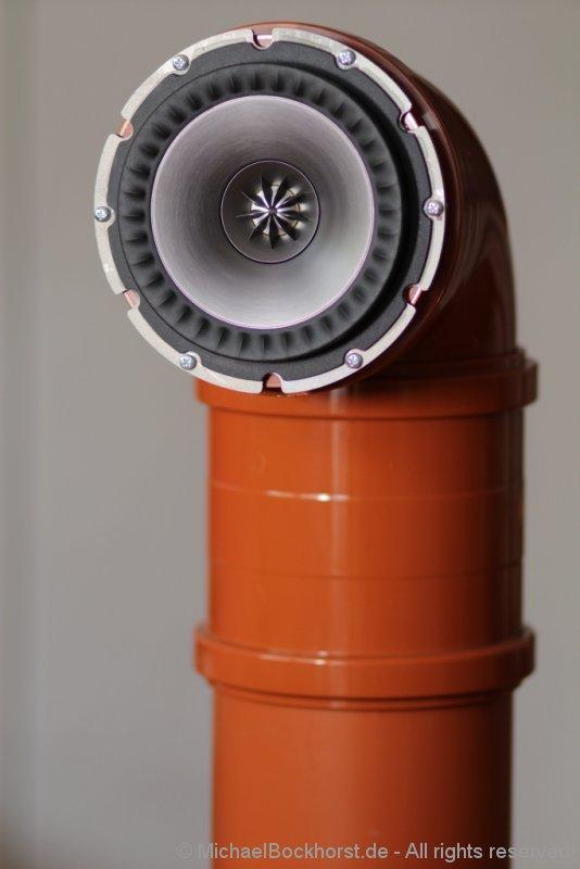 tube-speaker-one_cyclop_by.bockhorst_EOSM_010300